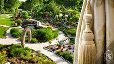 Widok zza okna Rezydencja Luxury Hotel**** na niepowtarzalny Ogród./ Garden.  #RezydencjaHotel #ogród #garden #green #gardener #growsomethinggreen #hotel #besthotel #Poland #PiekaryŚląskie