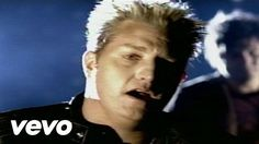Music video by Rascal Flatts performing What Hurts The Most. (C) 2006 Lyric Street Records, Inc.