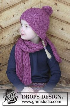 Berry Wrap / DROPS Children - Set consists of: Knitted hat and scarf with cables for kids. Size 2 - 10 years Set is knitted in DROPS Air. gestrickte Schals Berry Wrap / DROPS Children - Free knitting patterns by DROPS Design gestrickter Schal Knitted Hats Kids, Knitting For Kids, Free Knitting, Drops Design, Baby Sweater Knitting Pattern, Chunky Knitting Patterns, Crochet Patterns, Bonnet Crochet, Kids Patterns