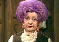 Betty Slocombe ~ Are You Being Served? (Mollie Sugden) - Best show ever! I am doing this to my hair when i grow up! British Sitcoms, British Comedy, British Actresses, Actors & Actresses, British Humor, Tv Actors, British Actors, Mollie Sugden, Celle Que Vous Croyez