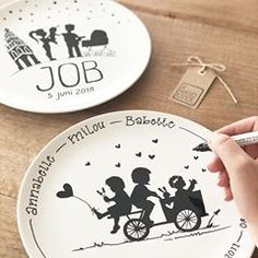 Diy Clay, Clay Crafts, Create A Logo Free, Wood Slice Crafts, Pottery Painting, Box Design, Sharpie, Ceramic Art, Paper Art