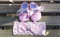 Baby Slofjes en Haarbandje Amoretta-roze van TheBabyRose op Etsy