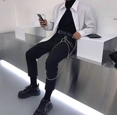 [New] The 10 Best Outfit Ideas Today (with Pictures) - Korean Fashion Men, Fashion Mode, Look Fashion, Mens Fashion, Ulzzang Fashion, Street Fashion, Edgy Outfits, Mode Outfits, Fashion Outfits