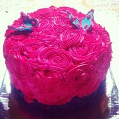 Roses, butterflies and hoy pink!  www.funkycakescr.com
