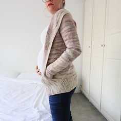 Ravelry: Inkyaholic's Comfort Fade Cardi with pockets