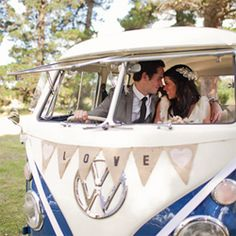 A country farm inspired wedding set in Sydney, Australia featuring this awesome blue kombi van!