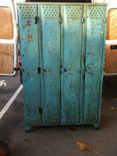 These Vintage turquoise lockers @Emily Dietrich Lie   >>bruxellesantiques.com