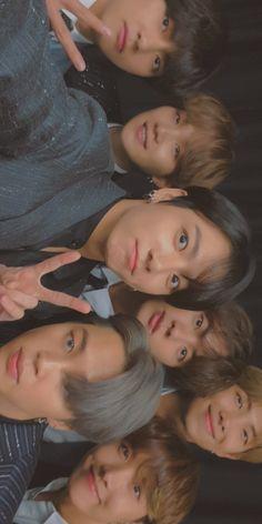 Foto Bts, Foto Jungkook, Bts Bangtan Boy, Bts Taehyung, Bts Group Picture, Bts Group Photos, Bts Aesthetic Wallpaper For Phone, V Bts Wallpaper, Theme Bts