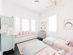 Ever since we released this room, we've had a lot of requests for beautiful rooms with custom upholstery. But coming up with the right… Bedroom Ideas For Teen Girls Grey, Cute Bedroom Ideas, Teen Girl Bedrooms, Big Girl Rooms, Kids Rooms, Shared Bedrooms, Dream Rooms, Dream Bedroom, Love Bookshelf