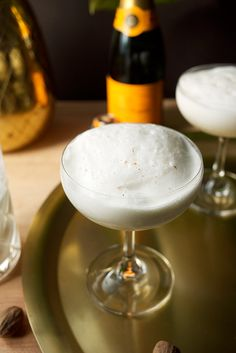 The Foaming Pineapple Cocktail // Yes, you CAN drink tiki for brunch Craft Cocktails, Party Drinks, Fun Drinks, Beverages, Liquor Drinks, Bourbon Drinks, Rum Cocktail Recipes, Cocktail Shots, Drink Recipes