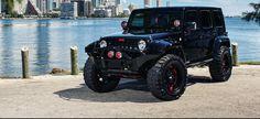 Jeep Wrangler   Exclusive Motoring