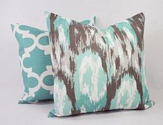 ONE Decorative Pillow Cover! This listing is for one decorative pillow cover in a blue and brown print on a white background. This throw pillow cover can be made to fit any size pillow insert and is 100% cotton. Simply select the size and fabric you would like at checkout from the dropdown on the right. To add multiple pillow covers to your cart, you can increase the quantity, or add the pillow covers to your cart one at a time. *****This listing is for one pillow cover, the inserts are not…