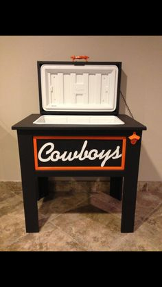 custom ice chest for home bar....just make it Patriots, red sOx or bruins. :)