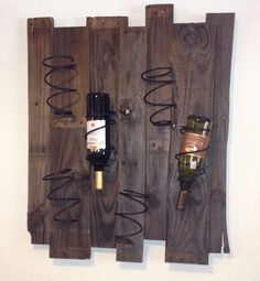 How to Recycle: Recycled Wine Rack Designs- . How to Recycle: Recycled Wine Rack Designs . How to Recycle: Recycled Wine Rack Designs - Pallet Crafts, Pallet Art, Wood Crafts, Bed Spring Crafts, Spring Projects, Old Bed Springs, Mattress Springs, Wine Rack Design, Wood Wine Racks