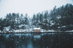 ***Winter cabin (Norway) by Johannes Hulsch / 500px