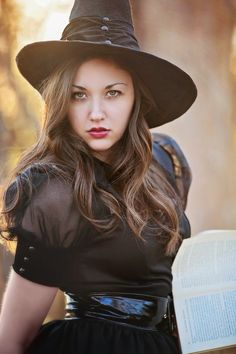 Wicked Witch by Jessica Heller on 500px