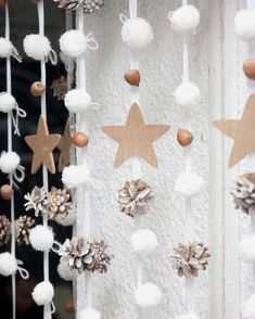 Christmas Room, All Things Christmas, Christmas And New Year, Christmas Lights, Christmas Holidays, Merry Christmas, Handmade Christmas Decorations, New Years Decorations, Diy And Crafts