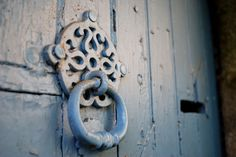 Détail d'une porte. Dinan, Bretagne.