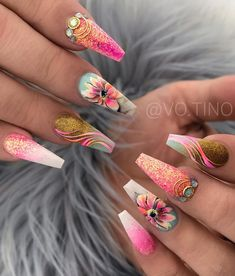 72 Fabuluous Spring Nails Design Ideas That Blow Your Mind 2019 Trendy Spring Nail Designs for 2019 It's time to check out the latest spring nail designs as spring is on the way. Nail art is just as trendy as eve. Bling Nails, Swag Nails, My Nails, Nail Designs Spring, Funky Nail Designs, Creative Nail Designs, Art Designs, Creative Ideas, Fire Nails