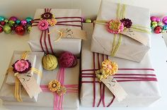Gifts Wrapping Ideas For Christmas Yarn Ideas Wrapping Ideas, Wrapping Gift, Creative Gift Wrapping, Christmas Gift Wrapping, Diy Christmas Gifts, Christmas Yarn, Paper Wrapping, Craft Gifts, Diy Gifts