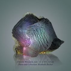 Fluorite Weisseck size: 11 x 10 x 7,8 cm read the report: http://www.bluemountains.at/#!reports/cee5