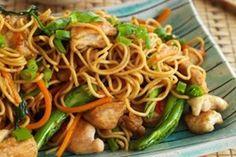 Shanghai Stir-fried Noodles With Chicken