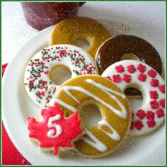 """""""On the 5th Day of Christmas my friends I give to thee: Five Donuts G-l-a-z-e-d ! ..."""" Sugar Cookies by Robin Traversy {The Cookie Faerie}. Cookie Connection Christmas Countdown Challenge."""