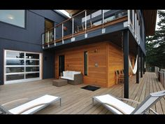 Modern Deck Hardwood Deck and Stainless Cable Railing
