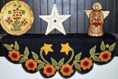 Shelf Scarf - Flower Garland