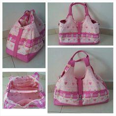 Pinky Rabbit Shoulder Bag