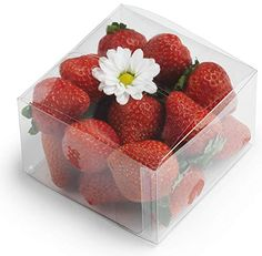 clear plastic box for strawberries Cupcake Bouquet Box, Cupcake Boxes, Box Cake, Cupcake Cookies, Macaron Packaging, Box Packaging, Strawberry Box, Clear Plastic Containers, Wedding Candy