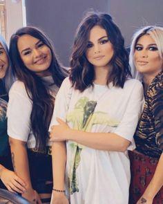 Selena Gomez Style, T Shirts For Women, Celebrities, Fashion, Moda, Celebs, Fashion Styles, Fashion Illustrations, Celebrity