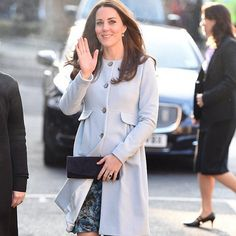 Kate at new engagement today in Kensington ❤️❤️❤️