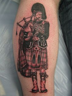 of Scottish Tattoo Design Ideas Pictures Gallery Dad Tattoos, Celtic Tattoos, Arm Tattoos For Guys, Sleeve Tattoos, Mens Tattoos, Tattoo Ink, Scotland Tattoo, Scottish Tattoos, Irish Symbols