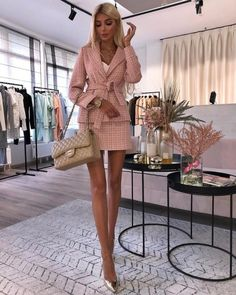 The best street style - Discover the details that make the difference to the best street style, unique people with a lot of - Girly Outfits, Classy Outfits, Chic Outfits, Fashionable Outfits, Beautiful Outfits, Trendy Outfits, Beautiful Women, Best Street Style, Cool Street Fashion