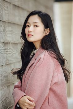 Kim Hye-yoon (김혜윤) - Picture @ HanCinema :: The Korean Movie and Drama Database Female Actresses, Korean Actresses, Asian Actors, Korean Actors, Actors & Actresses, Park Bogum, Prettiest Actresses, Jong Suk, Korean Celebrities