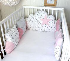 Tour de lit bébé fille, hibou et nuage, tons roses et gris, pour lit de 60cm large