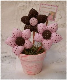 Small Hobby Room - Hobby For Women Over 60 - Hobby Room DIY - Hobby Horse Etsy - Hobby That Make Money Products - Creative Hobby Pictures Felt Crafts, Fabric Crafts, Sewing Crafts, Sewing Projects, Projects To Try, Paper Crafts, Hobbies To Try, Hobbies And Crafts, Diy And Crafts