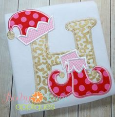 Elf Alpha - This fun and festive Alpha is perfect for the Holidays. Great for both boys and girls. This applique design comes in all 4 hoop sizes and all 26 letters. Baby Applique, Embroidery Monogram, Embroidery Fonts, Embroidery Patterns, Applique Letters, Applique Ideas, Christmas Applique, Christmas Sewing, Christmas Embroidery