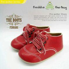 #Sepatu freddie the frog (Ferrari boots) ~ 90ribu. Ukuran Sol : No. 3 = 11 cm (untuk umur sekitar 0-6 bulan-) No. 4 = 11.5 cm (Sekitar 6-9bulan-) No. 5 = 12 cm (Sekitar 9bln-1 tahun-)