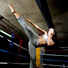 Killer Kickboxing Workout... Definetly giving this a try!!!