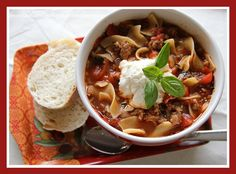 Easy and delicious lasagna soup - I Heart Nap Time