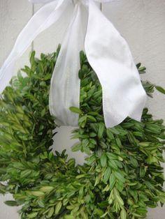 Boxwood Wreath    Wedding Wreath  Natural Wreath  by donnahubbard, $25.00