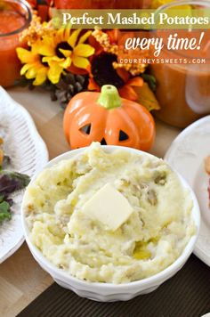 Looking for the perfect mashed potatoes recipe? Family favorite recipe and sure to be one of your next favorite Christmas Recipes, Thanksgiving Recipes.