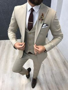 Product : Connor Beige Slim-Fit Suit Color code : Cream Suit material: Viscos, Poly, Lycra Machine washable : No Fitting : Regular Slim-fit Remarks: Dry Cleaning Only Beige Suits Wedding, Man Suit Wedding, Mens Summer Wedding Suits, Best Wedding Suits, Ivory Wedding, Spring Wedding, Mens Fashion Suits, Mens Suits, Mens Casual Suits