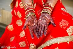 Mehndi http://www.maharaniweddings.com/gallery/photo/69057 @hennasandiego