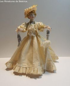 Madeleine , Les Miniatures de Béatrice. Dolls For Sale, French Lace, Make And Sell, French Antiques, Porcelain, Elegant, Fashion, Madeleine, Miniature Dolls