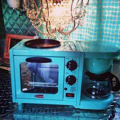 My vintage camper Coffee pot toaster