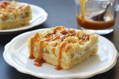 Kereszteztük az almás pitét a sajttortával, és mindkét receptből kiiktattuk az macerás részeket.