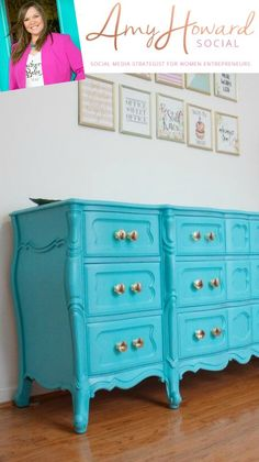 Boheme - Velvet Finishes Turquoise Painted Furniture, Distressed Furniture Painting, Shabby Chic Furniture, Cool Furniture, Chabby Chic, Shop Fittings, Shades Of Turquoise, Furniture Inspiration, New Shop
